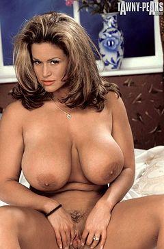 Tawny Peaks - Boobpedia - Encyclopedia of big boobs