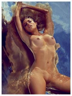 Lise Simms Nude Boobs 99