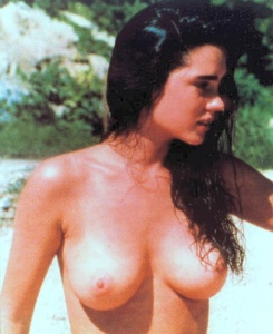 Topless Jeniffer Connelley Nude Png