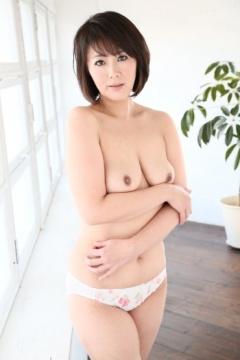 hitomi enjo boobpedia encyclopedia of big boobs